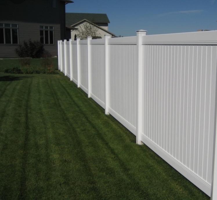Best Fence Installation Pros in Santa Ana