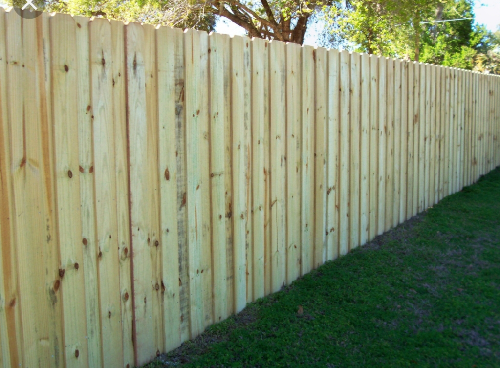 Wooden Fence in Santa Ana